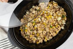 slow cooker white chicken chili in crockpot