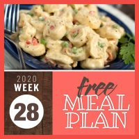 Tortellini with peas in a creamy sauce with text Free Meal Plan for Week 28 2020